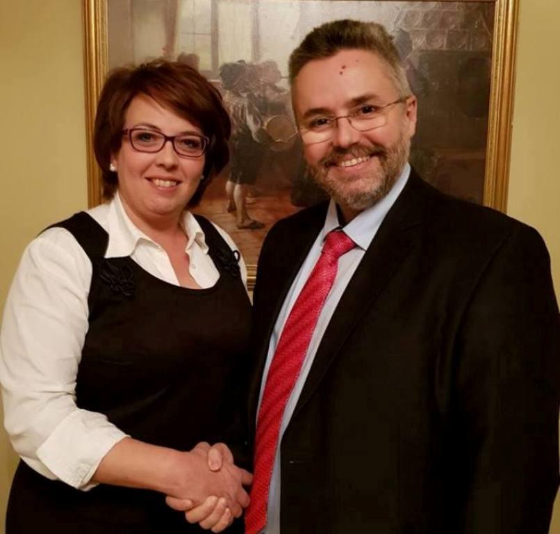 Η Άννα Μαρτίκα υποψήφια Δημοτικός Σύμβουλος με το συνδυασμό «Δικαίωμα για Νέα Βέροια» του υποψηφίου Δημάρχου Ιωάννη Παπαγιάννη.