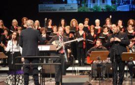 Μαγική Βραδιά στο Χώρο Τεχνών Βέροιας με τον μεγάλο μουσικοσυνθέτη ,τον δικό μας Χρήστο Νικολόπουλο, έπαιξε και τραγούδησε για το Γηροκομείο Βέροιας.