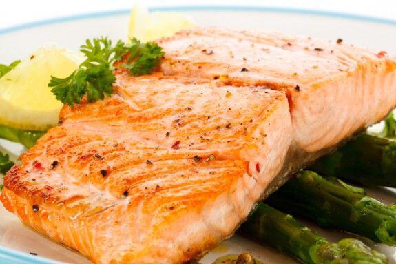 Τρεις μερίδες ψάρι την εβδομάδα μειώνουν τον κίνδυνο καρκίνου του εντέρου