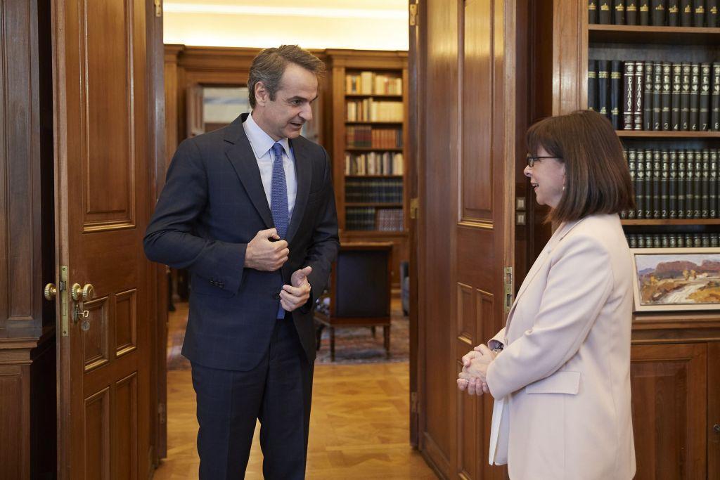 Ο Κυριάκος Μητσοτάκης και η Πρόεδρος της Δημοκρατίας Κατερίνα Σακελλαροπούλου απαντούν στις «προκλήσεις» της Τουρκίας!
