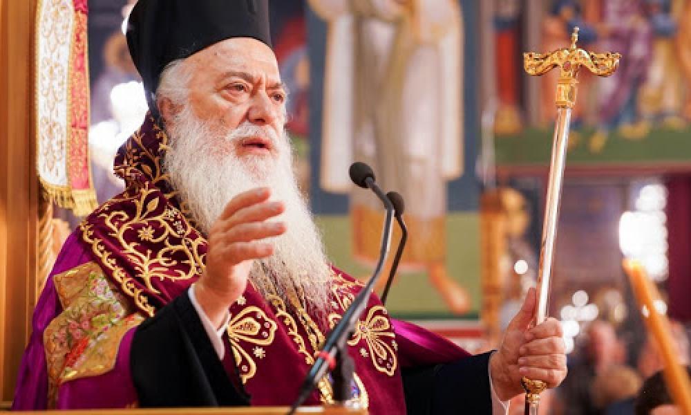 «Έτσι, Τούρκε, προσκύνα μέσα στην Αγιά Σοφιά της Ορθοδοξίας!»