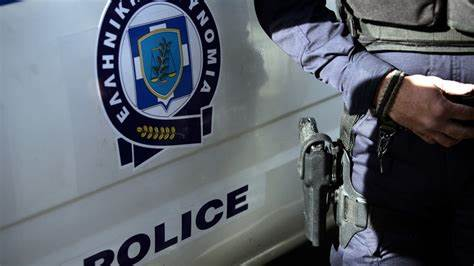 Πατρίδα Ημαθίας- Εισαγγελέας σε σπίτι 54χρονου- Έβρισε αστυνομικούς