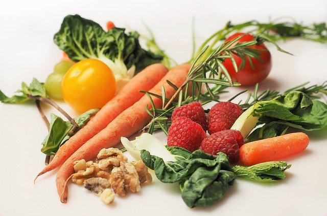 Νηστεία και διατροφή: Ποιες τροφές είναι πλούσιες σε πρωτεΐνη