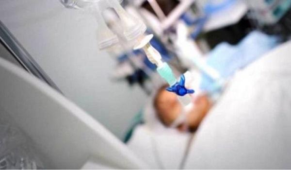 Ευχάριστα νέα για τον 17χρονο που ήταν διασωληνωμένος στον Ερυθρό Σταυρό με κορωνοϊό